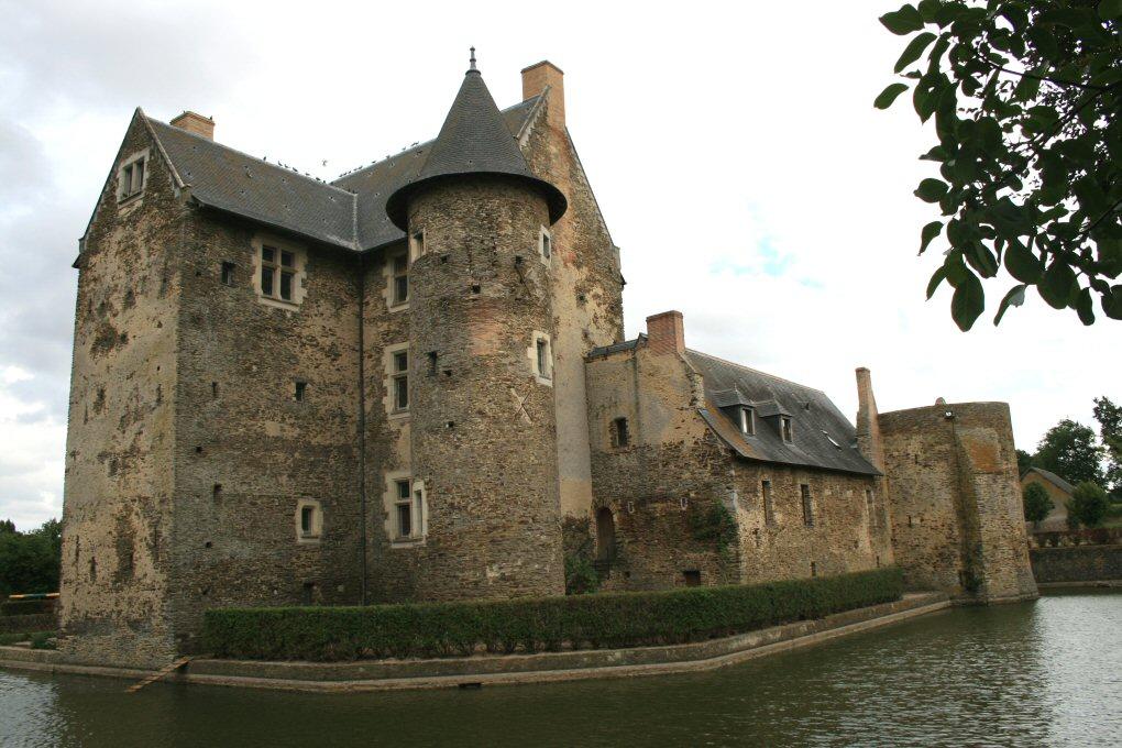 chateau-de-vaux-mire_b